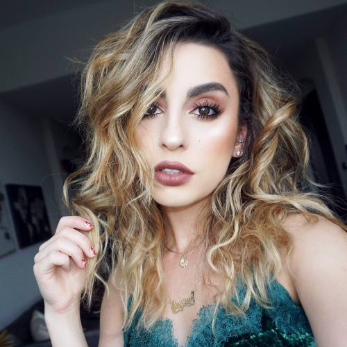 Emerging Makeup Tutorialist of the Year